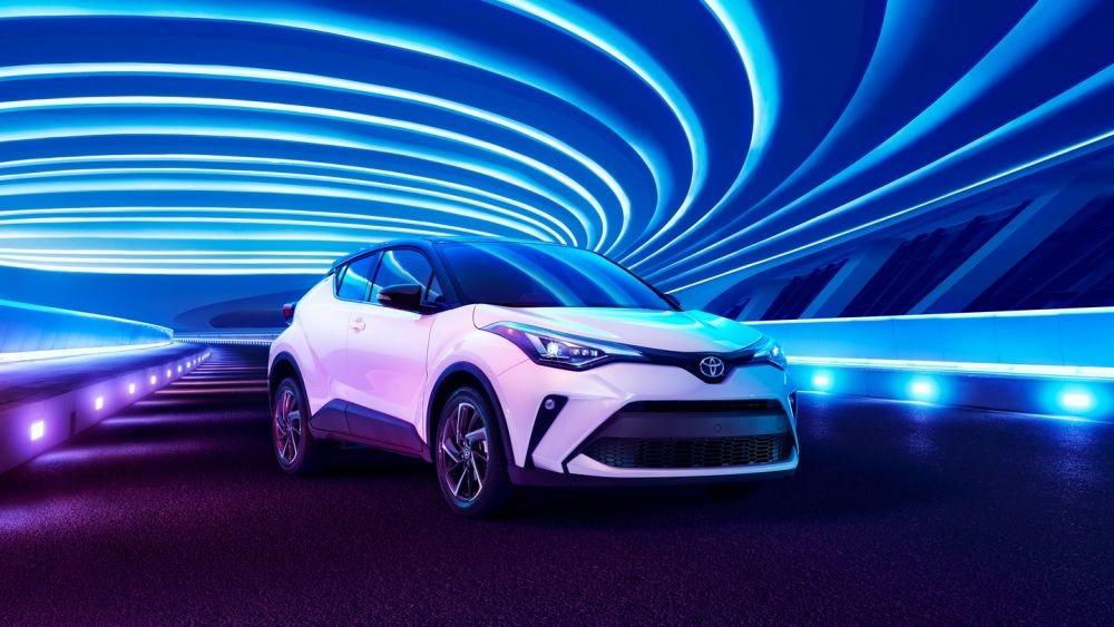 Nissan Kicks e-Power VS Toyota CH-R HV, Pilih Mana?