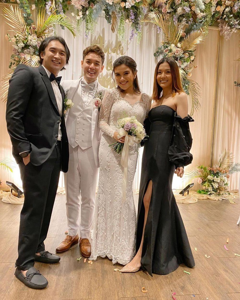 Adu Gaya Tamu Undangan Hadiri Pernikahan Audi Marissa dan Anthony Xie