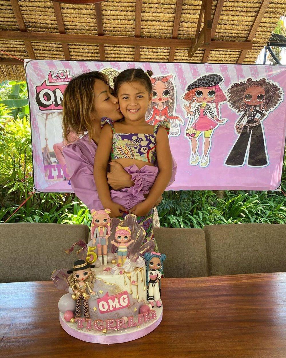 Super Imut, 10 Momen Perayaan Ulang Tahun Ke-5 Tiggy Anak Indah Kalalo