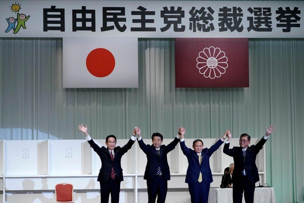 Yoshihide Suga Mengundurkan Diri dari Jabatan PM Jepang
