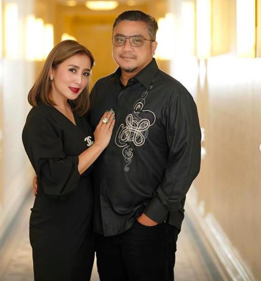 21 Tahun Menikah, 10 Momen Harmonis Dede Yusuf dan Istri Bak Pacaran