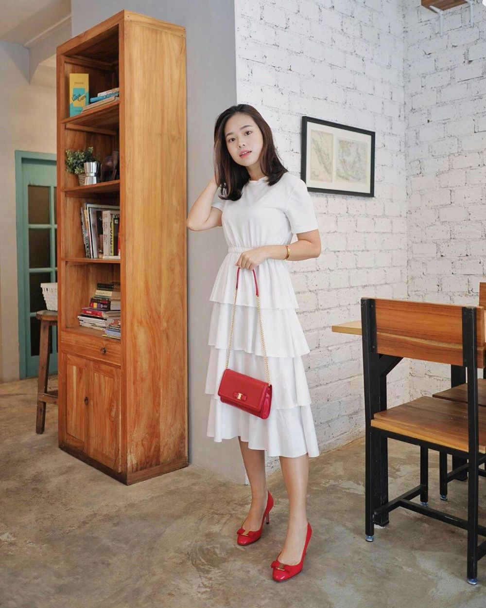 Feminin dengan Rok dan Dress, 10 OOTD ala Beauty Vlogger Molita Lin