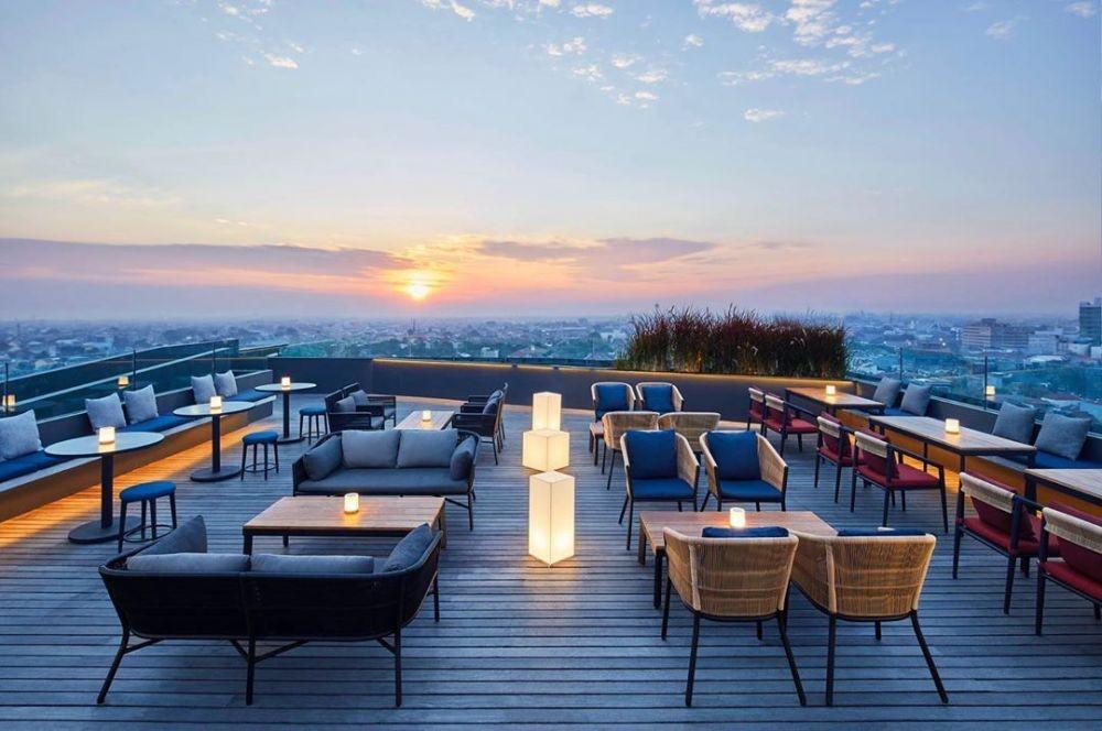 10 Hotel dengan Rooftop Terbaik di Indonesia, Suasananya Bikin Betah