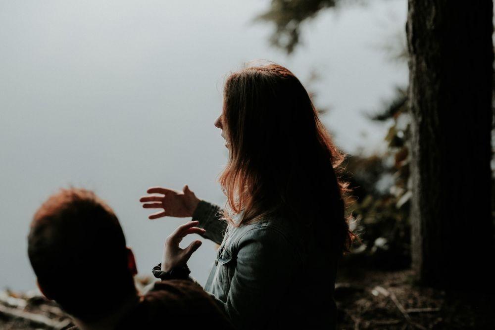 5 Kebiasaan Buruk yang Membuat Orang Enggan Berteman Dekat sama Kamu