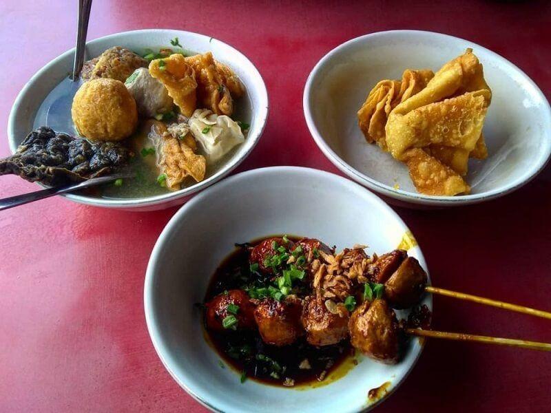 8 Rekomendasi Tempat Makan Bakso Legendaris di Malang, Paling Mantap!
