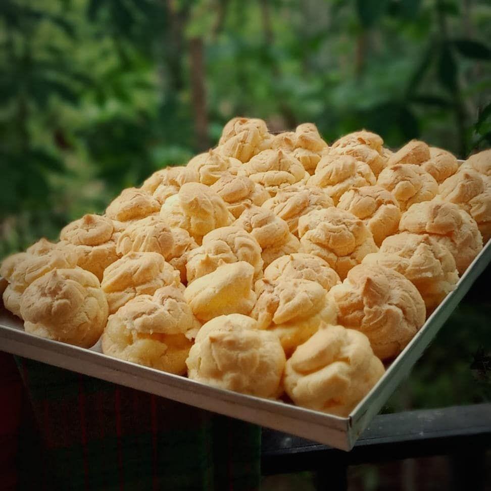 Resep Kue Sus Sederhana, Renyah di Luar Tapi Creamy Banget di Lidah