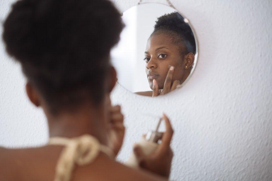 9 Kandungan Skincare yang Bahaya untuk Ibu Hamil, Jangan Dipakai Dulu!