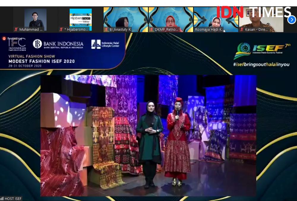 ISEF 2020 Ubah Kain Batik dan Tradisional Jadi Modest Fashion Trendi