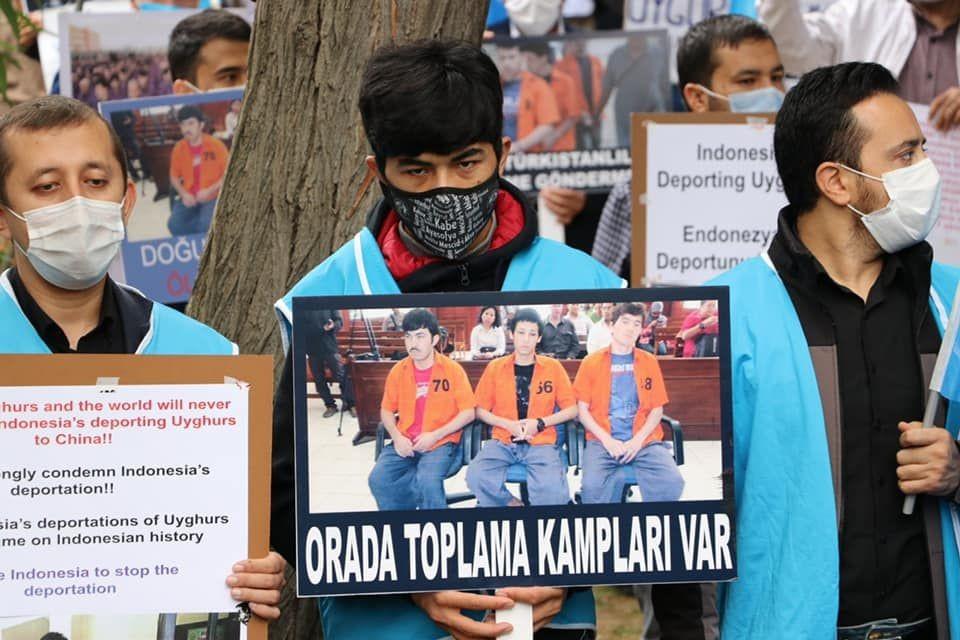 Menlu AS Minta Muslim RI Tak Percayai 'Dongeng' Tiongkok Soal Uighur