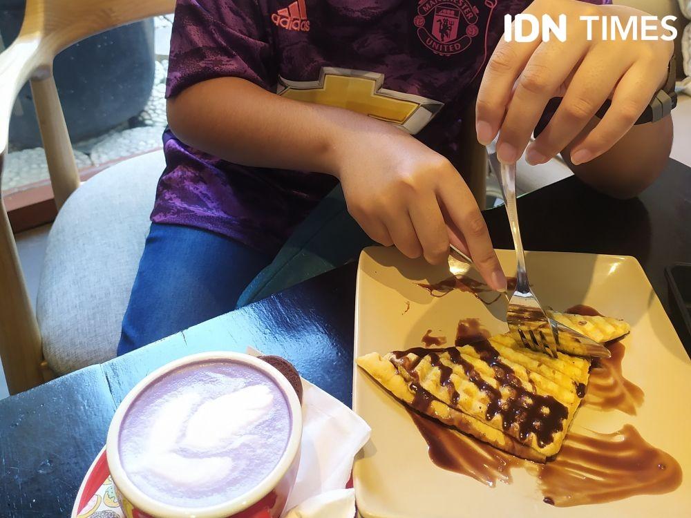 10 Tempat Nongkrong di Palembang, Bisa Makan Besar Sambil Ngopi