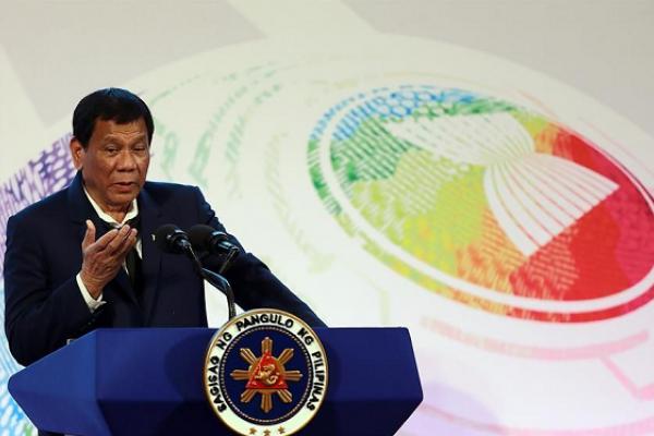 Di Filipina, Orang Tidak Pakai Masker Terancam Penjara 12 Jam