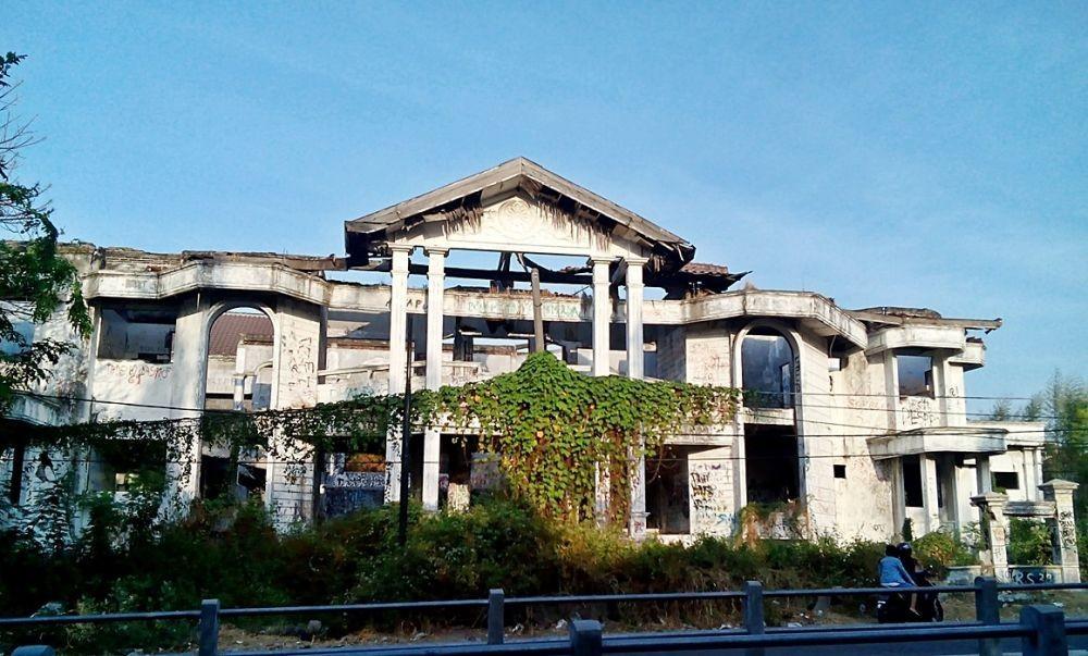 7 Rumah Paling Angker di Pulau Jawa, Pernah Diangkat ke Layar Lebar