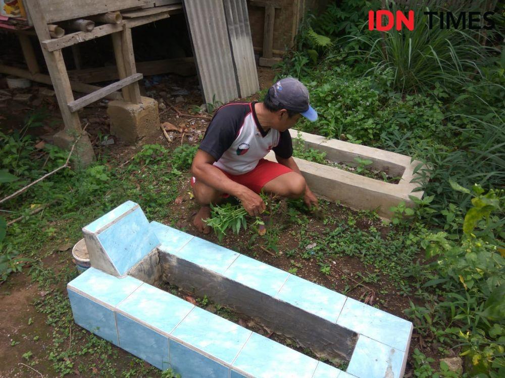 TradisiWarga KBB Menguburkan Jenazah di Halaman Rumah Kian Terancam