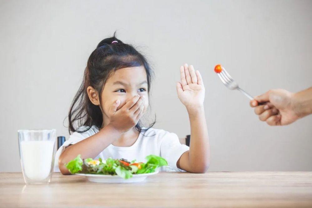 6 Gangguan Makan Paling Umum, Korbannya Bukan Hanya Perempuan