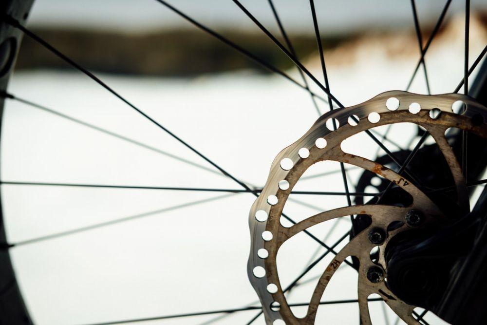 Pilih Rim Brake atau Disc Brake? Ini Kelebihan dan Kekurangannya