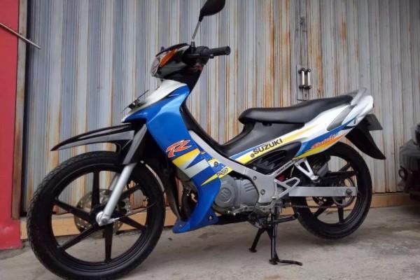 Duel Motor Bebek 2-Tak: Suzuki Satria 120 vs Yamaha F1Z-R