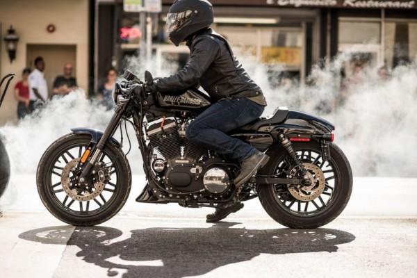 Biker Skutik Minggir Dulu, 3 Sensasi Motor Kopling Ini Bikin Kangen