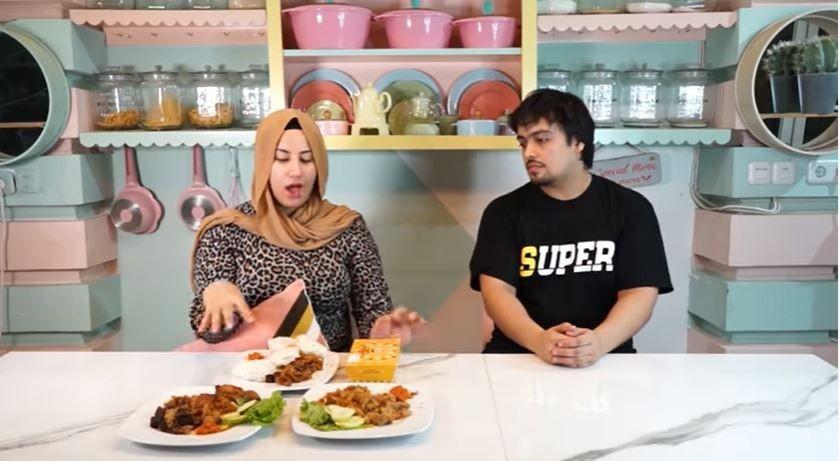Hamil Anak Ketiga, 10 Potret Keluarga YouTuber Hits Tasyi Athasyia
