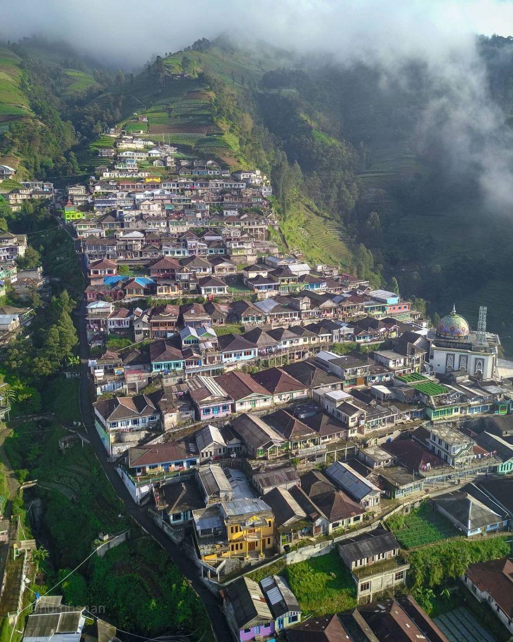 10 Tempat Wisata di Indonesia yang Viral di Tahun 2020
