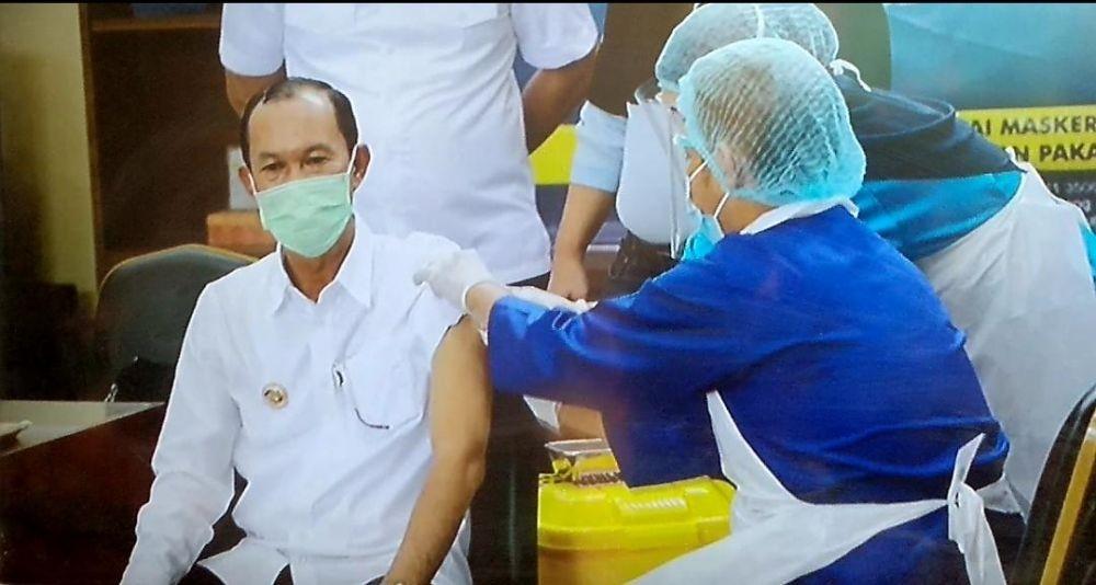Usai Jalani Vaksinasi, Wako Palembang: Saya Makin Sehat
