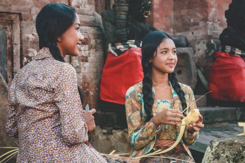Ternyata Ini 10 Alasan Mengapa Bule Suka Banget Traveling ke Indonesia
