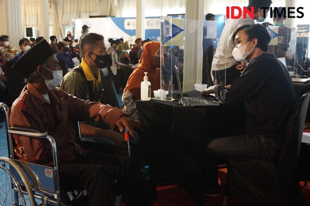 Target Vaksinasi Remaja di Palembang Baru Capai 3,76 Persen