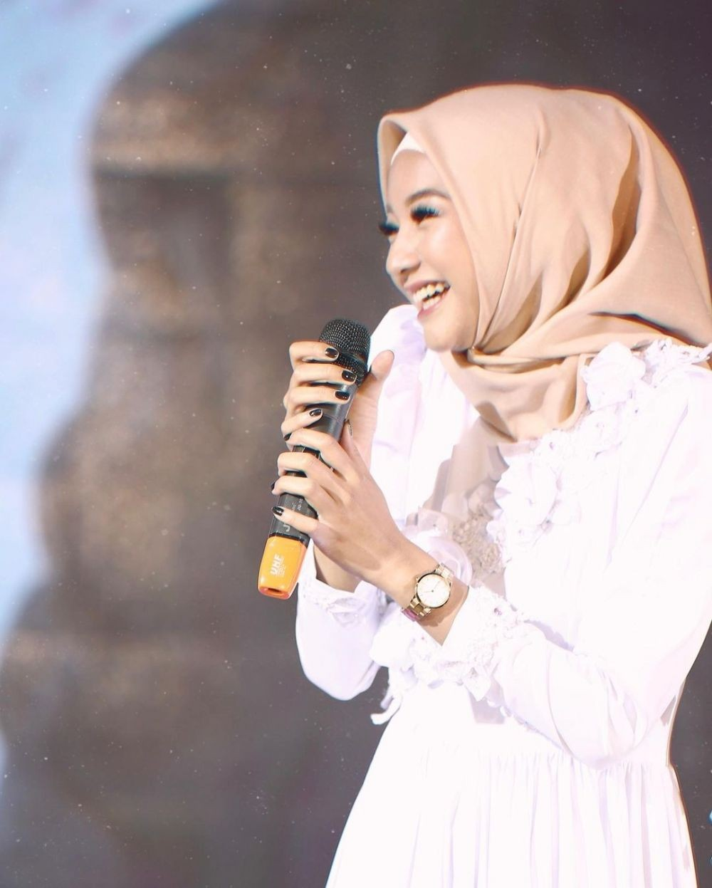 10 Adu Pesona Amanda Manopo Vs Glenca Chysara saat Pakai Hijab, Adem!