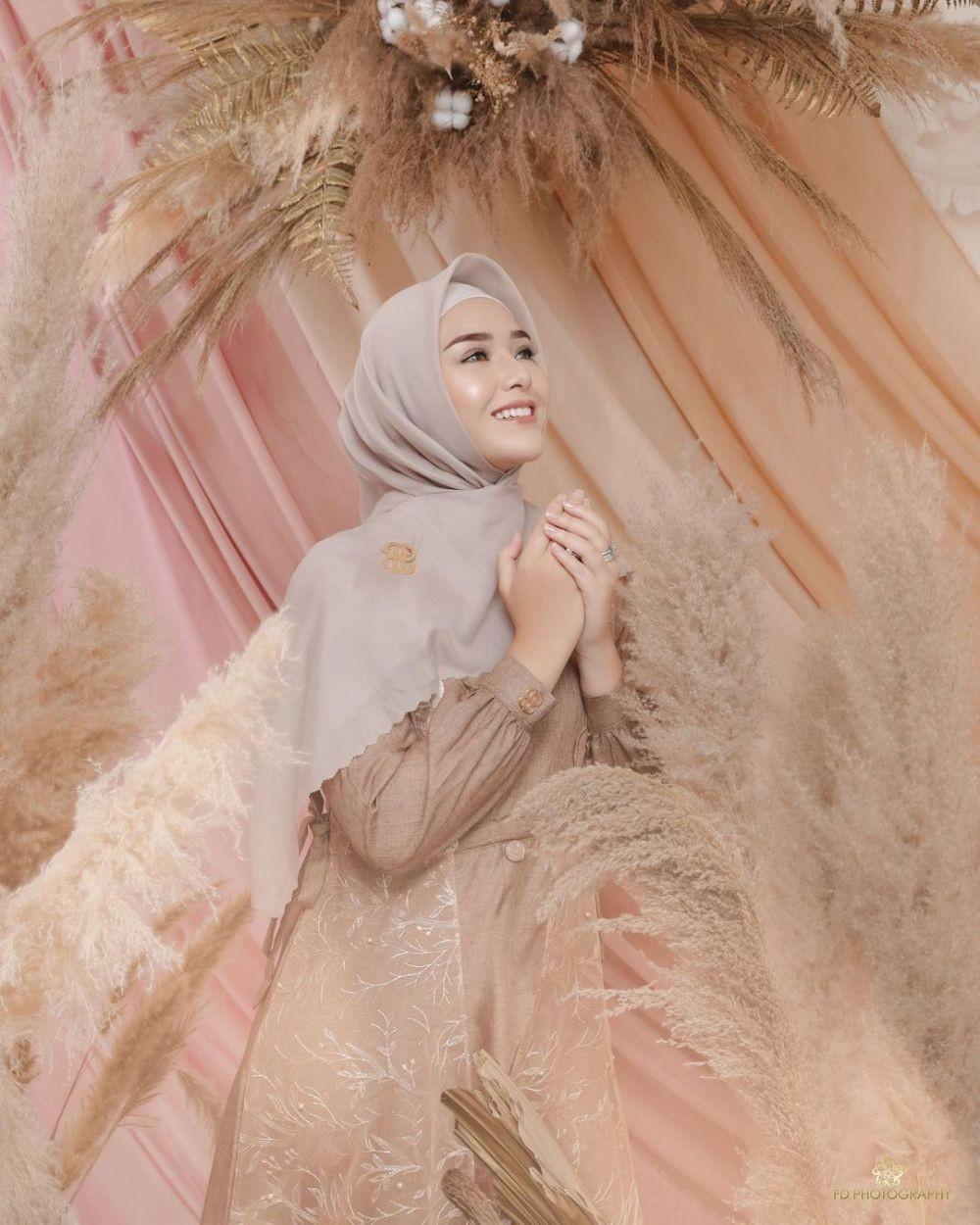 Bak Bu Haji,10 Potret Amanda Manopo Saat Pakai Gamis