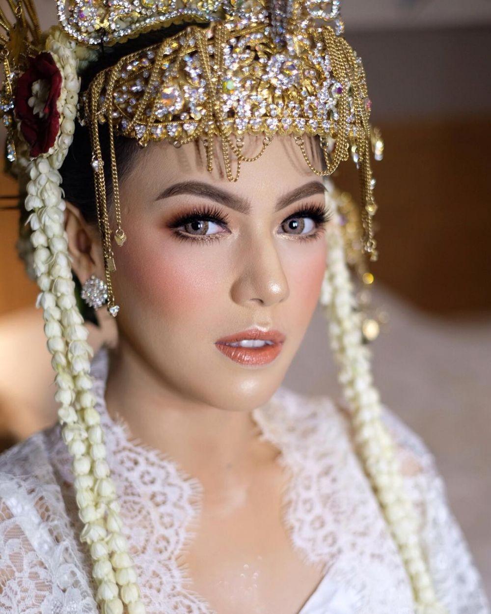10 Ide Makeup Pengantin untuk Pernikahan Adat Betawi, Mencuri Hati!