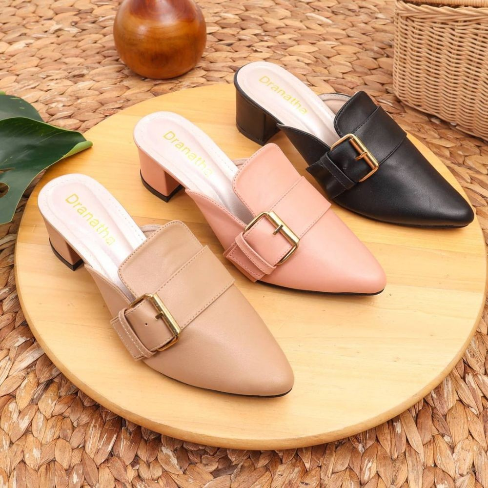 Berkelas! Tampil Chic dengan 9 Rekomendasi Sepatu buat OOTD Lebaran