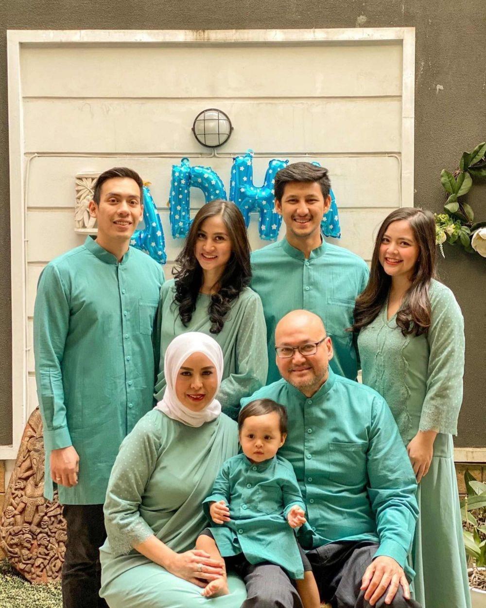 Divonis Kanker, 10 Potret Randi Suami Tasya Kamila dan Keluarga