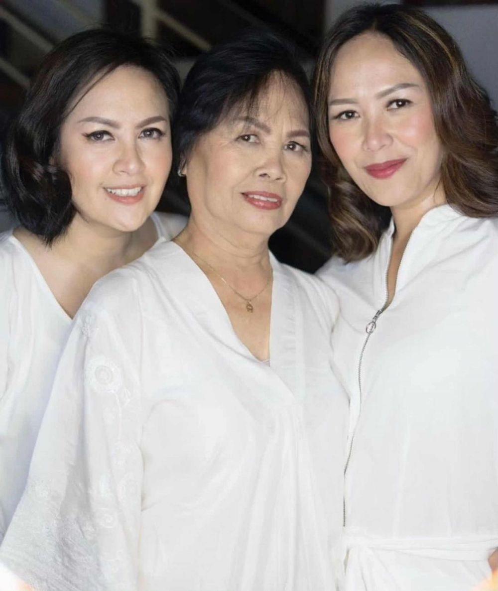 10 Artis Indonesia Unggah Foto Bersama Mama di Hari Ibu Internasional