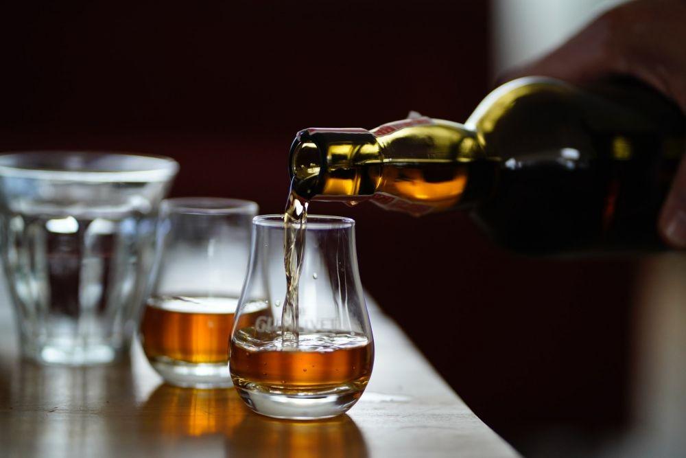 7 Minuman Alkohol Ini Katanya Bisa Turunkan Berat Badan, Benarkah?