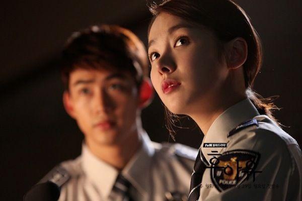 9 Potret Ok Taecyeon Bareng Aktris Lawan Main Dramanya, Selalu Seru!