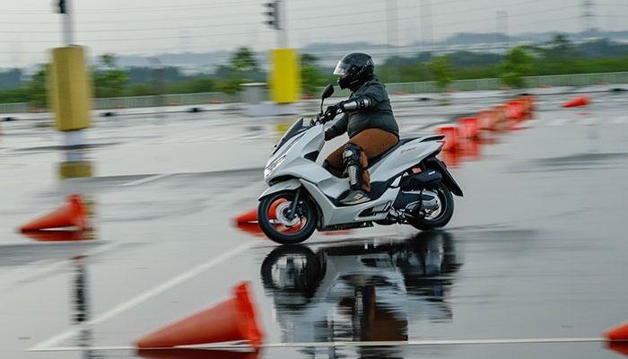Yuk Kenali Fungsi Teknologi ABS pada Sepeda Motor