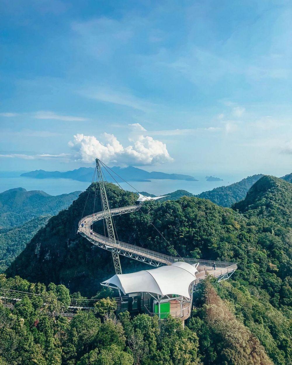 10 Jembatan dengan Desain Terkeren di Dunia, Ciamik Guys!