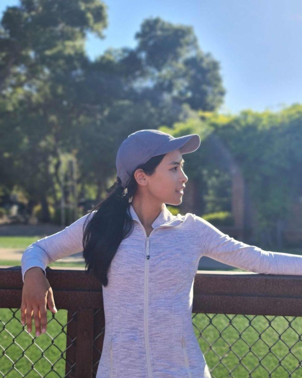 Wisuda! 10 Potret Kenangan Maudy Ayunda di Stanford University