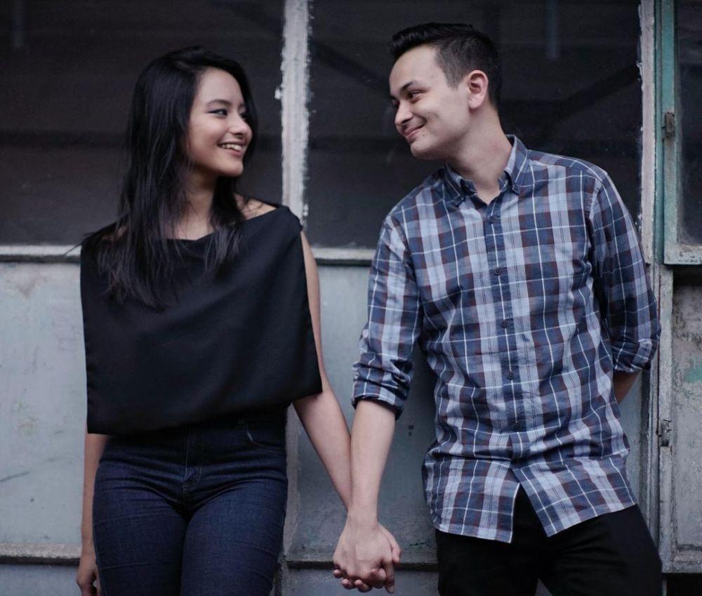 Semoga Langgeng! 10 Potret Gaya Pacaran Amanda Khairunnisa dan Kekasih