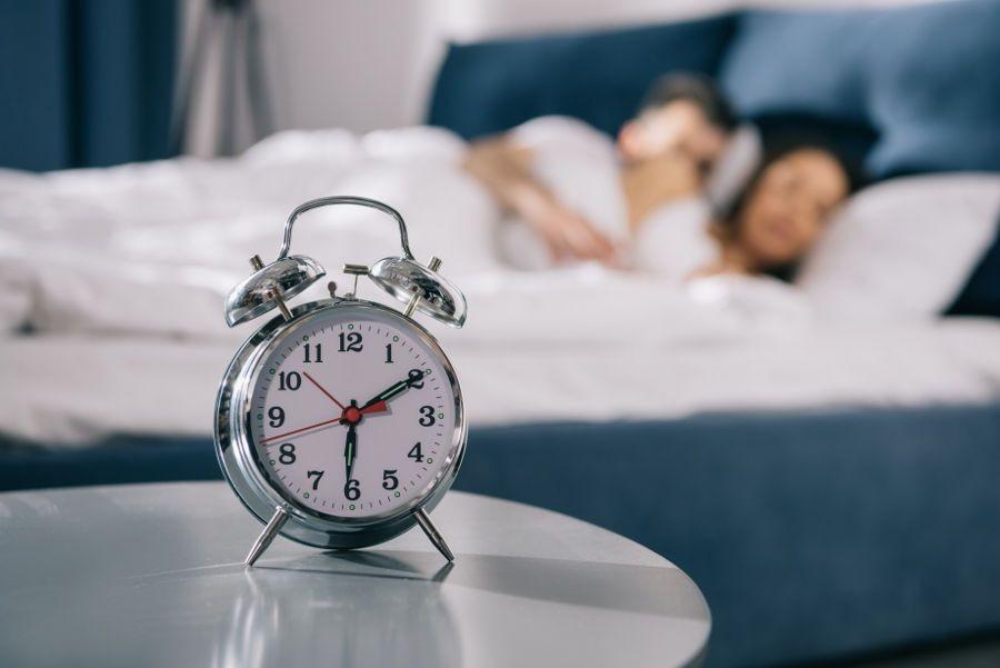 13 Cara Aneh tapi Ampuh agar Semangat Bangun Pagi, yuk Praktikkan!