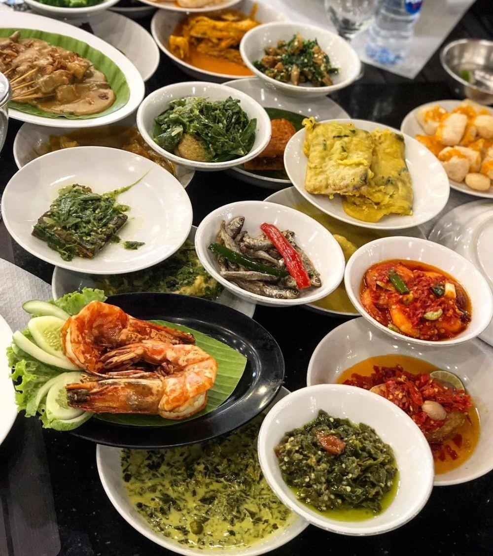 7 Rekomendasi Rumah Makan Padang di Jakarta Selatan yang Bisa Delivery