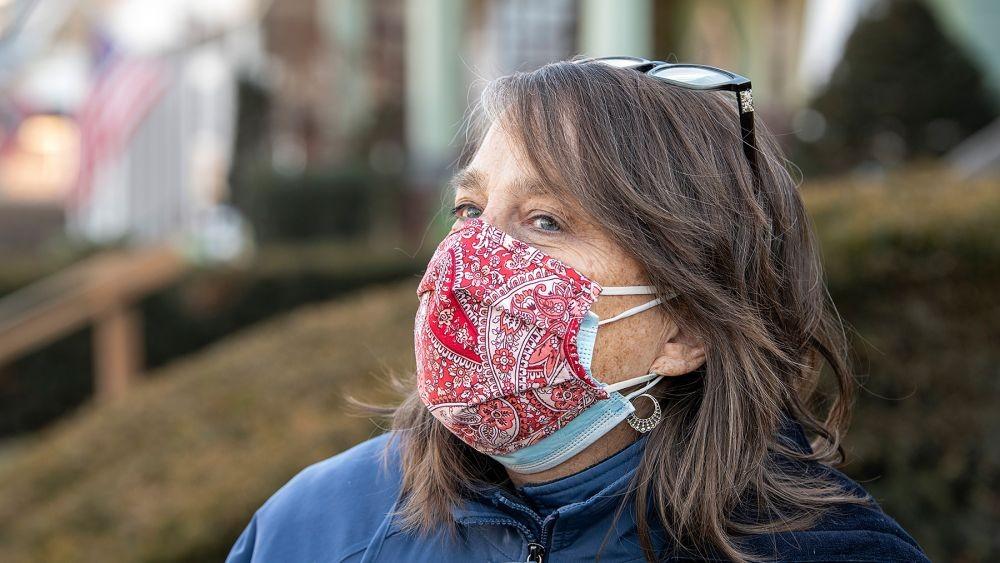 Cara Pakai Masker Ganda yang Benar untuk Waspadai COVID-19