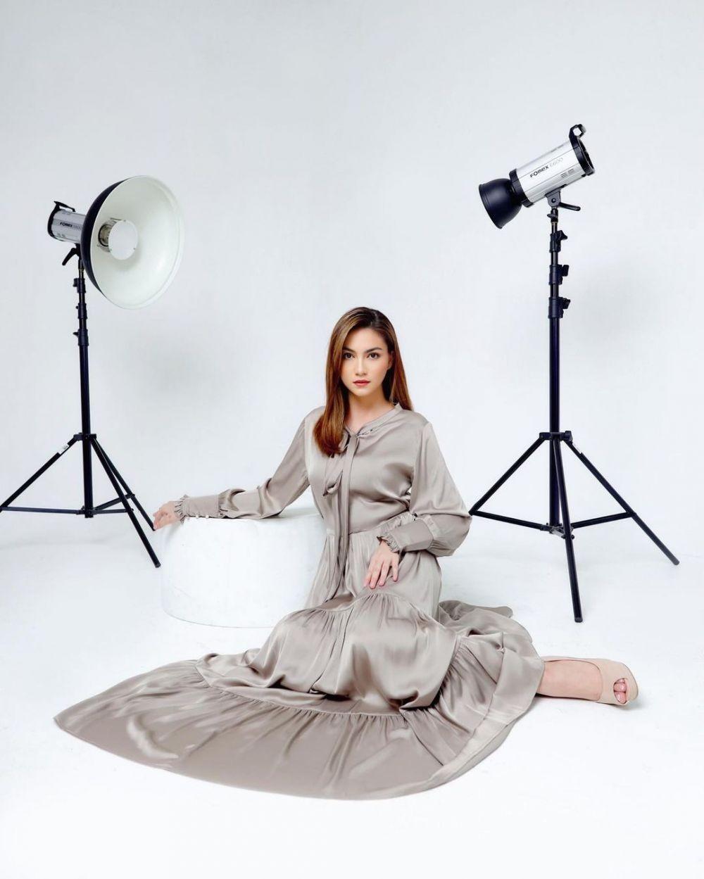 9 Inspirasi OOTD ala Alessia Cestaro, Fashionable Maksimal!