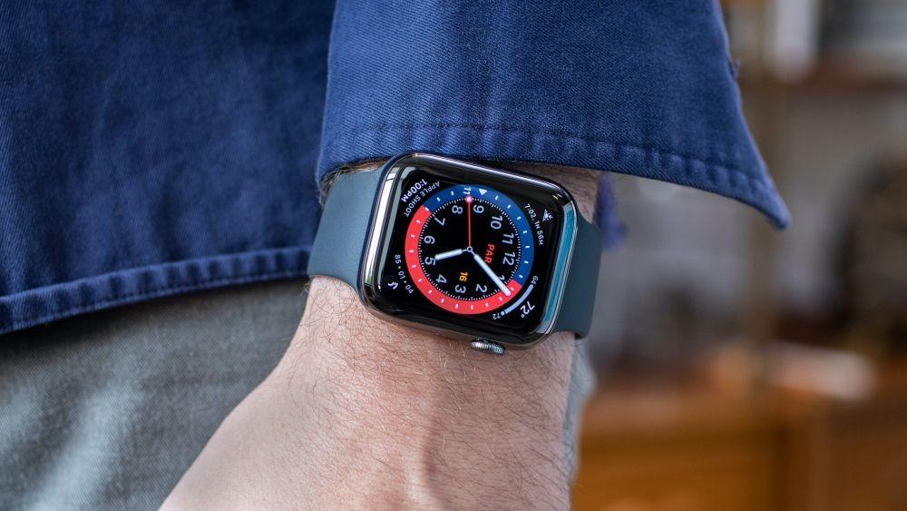 7 Smartwatch Terbaik untuk Olahraga Lari di 2021
