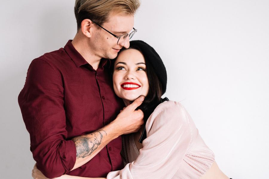 10 Pasangan Zodiak yang jadi Couple Idaman, Kalian Termasuk?