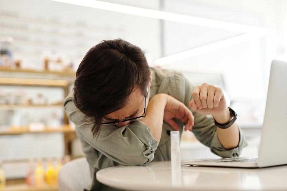 Menahan Bersin Ternyata Sangat Berbahaya, Ini 8 Alasannya
