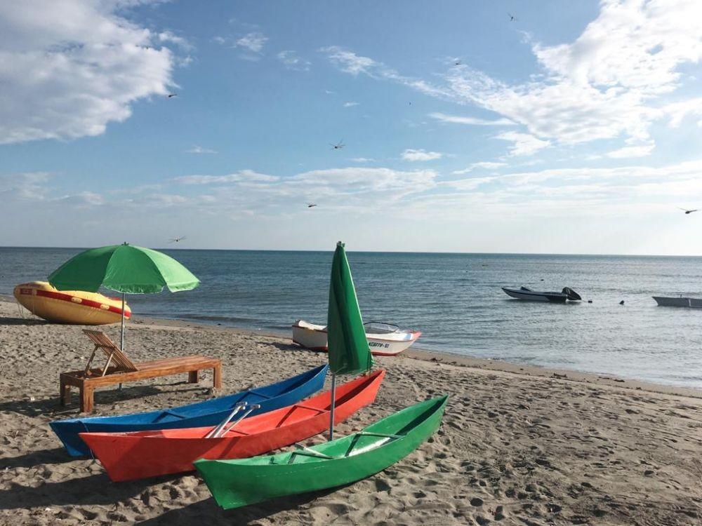 5 Pantai dengan Pemandangan Laut dan Pasir Indah di Pinrang