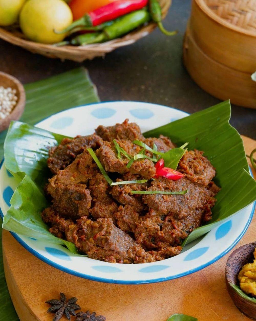 10 Harga Makanan Sederhana Khas Indonesia di Prancis, Mahal Abis!