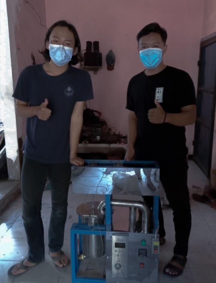 Mahasiswa Unair Ciptakan Pengolah Limbah Maggot Jadi Polimer Alami