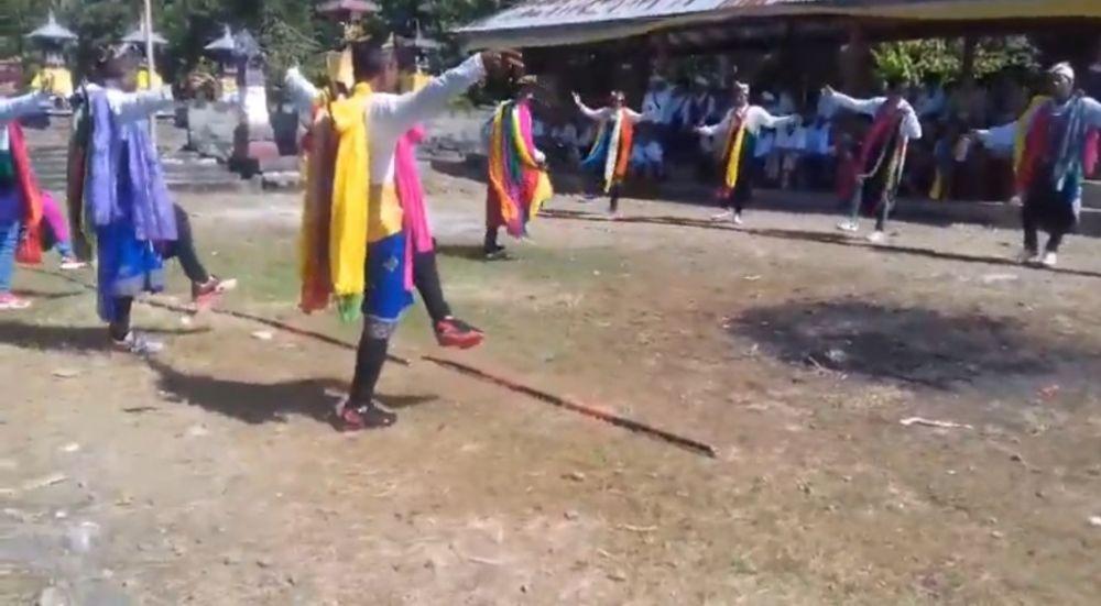Sisi Unik Desa Sidatapa di Bali, Rumah Penduduknya Membelakangi Jalan