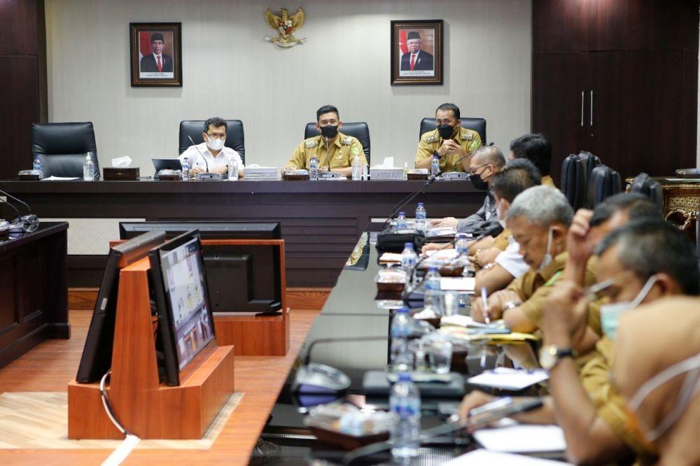 Ditegur Jokowi karena APBD Medan Ngendap di Bank, Ini Alasan Menantu